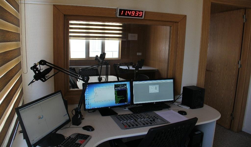 1. radyo